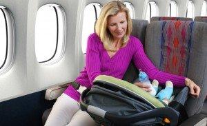 Правила перевозки детей в самолете