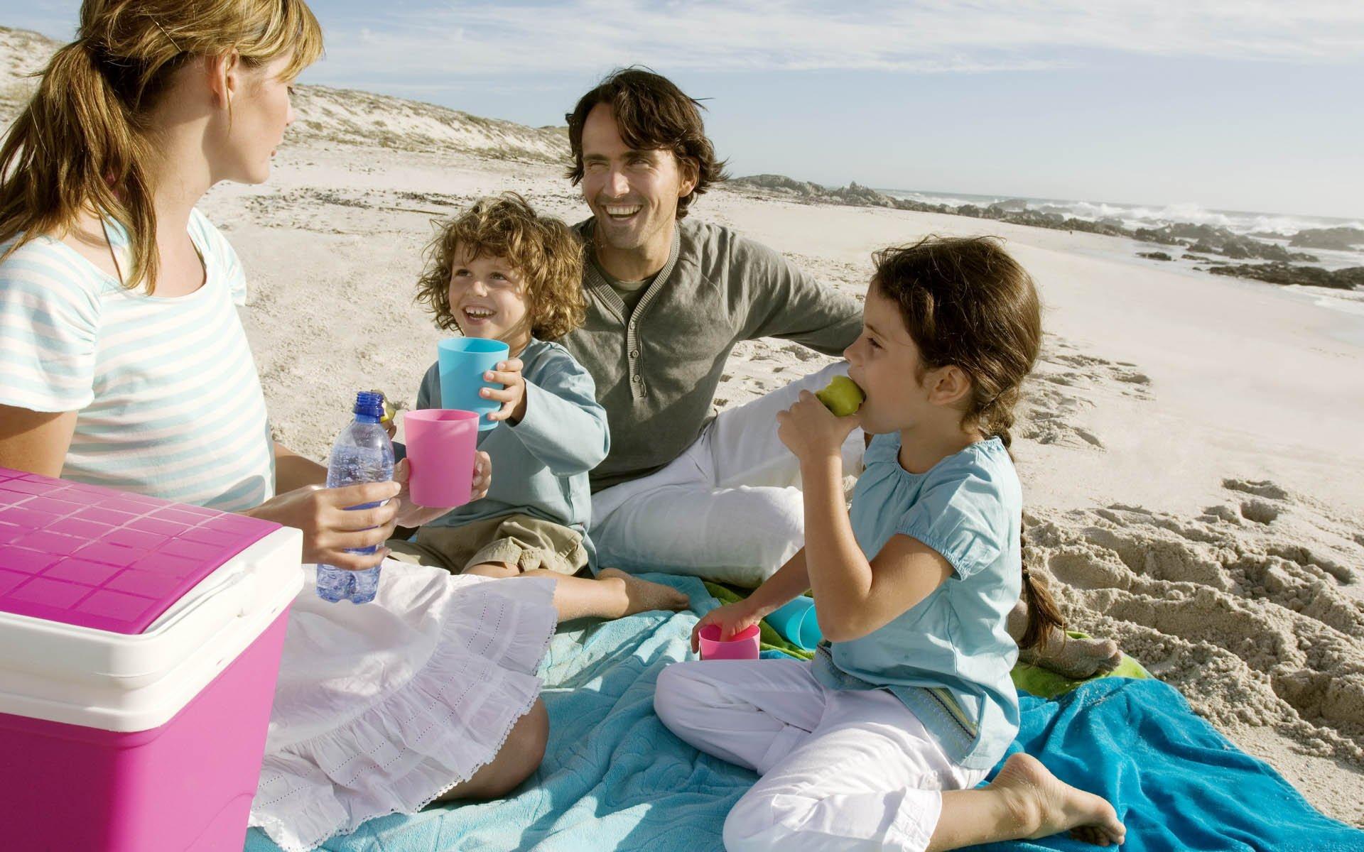 Отдых на пляже: что взять с собой покушать.
