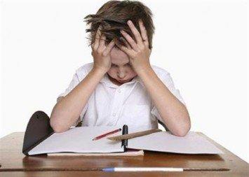 ребенок не хочет делать уроки, как не злиться на ребенка при выполнении домашнего задания