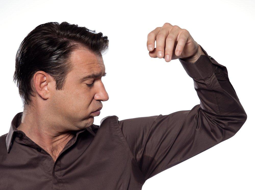 у мужчины чрезмерная потливость, причины возникновения и методы борьбы