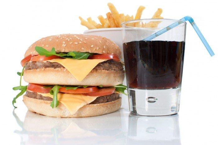 вред быстрой еды, как отучить ребенка от быстрой еды