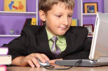 Ребенок в социальных сетях как