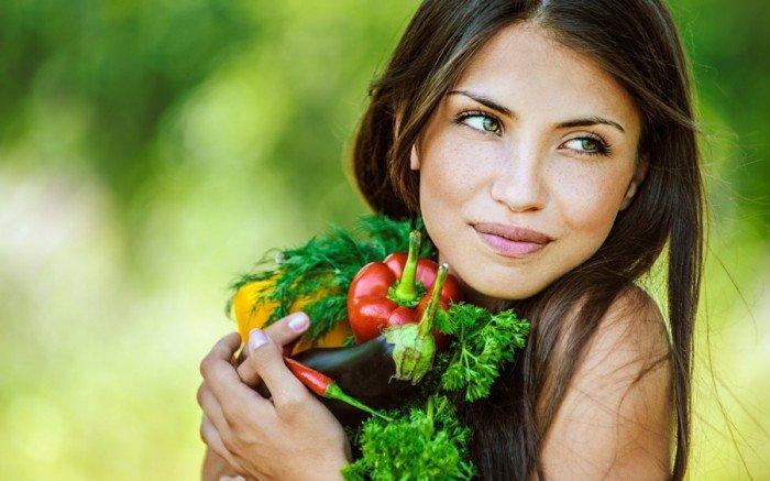 девушка с овощами, правила выбора диеты