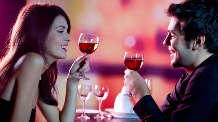романтичный вечер, способы прививание романтики мужчине