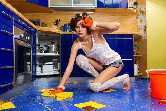 женщина убирает в доме? как соблюдать чистоту в доме