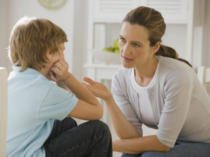 мама разговаривает с сыном об онанизме, как поступать родителям в случае с мастурбацией ребенка