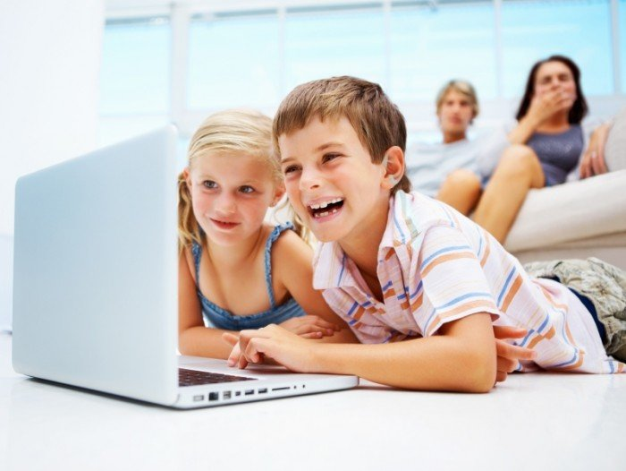 дети у компьютера, как отучить детей от компьютера