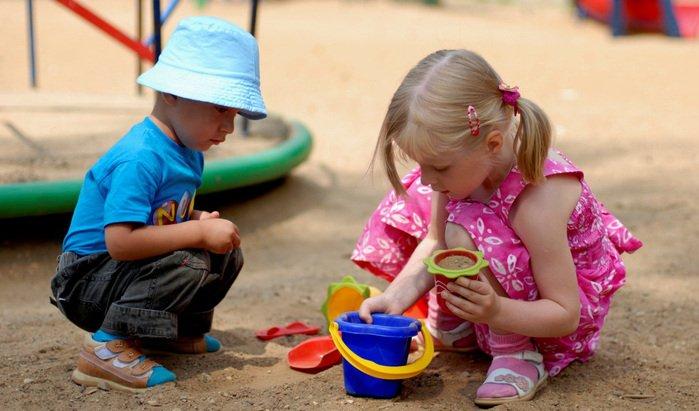 ребенок не может общаться с другими детьми