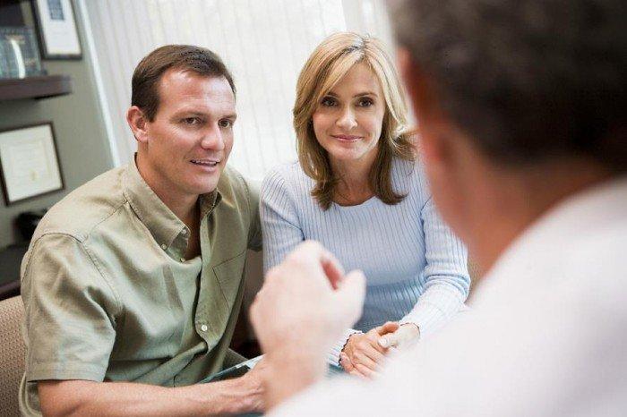 семейная пара у психолога