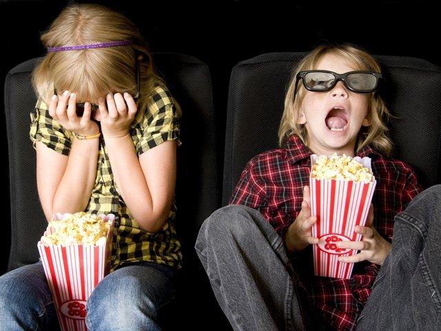 дети в кинотеатре, 3d-очки