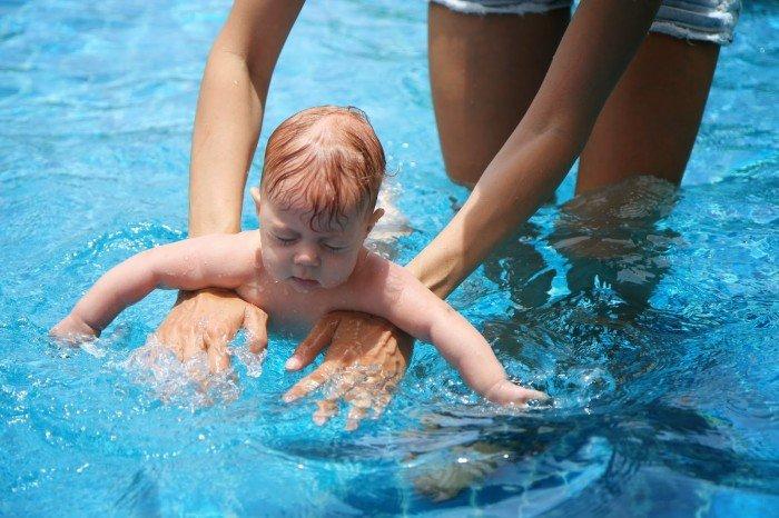 Закаливание и водные процедуры тоже входят в комплекс динамической гимнастики