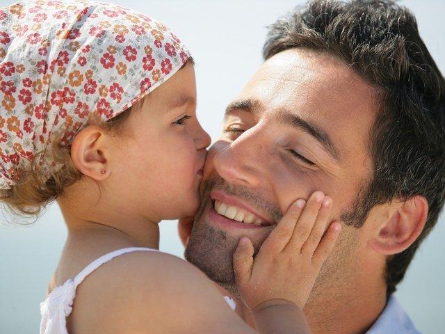 папа с дочкой, отношение отца к ребенку