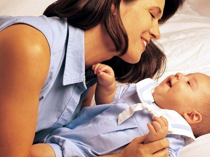 Музыка для грудничков: первые уроки музыки - колыбельные и потешки