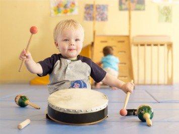 Музыка для грудничков: раннее музыкальное развитие ребенка