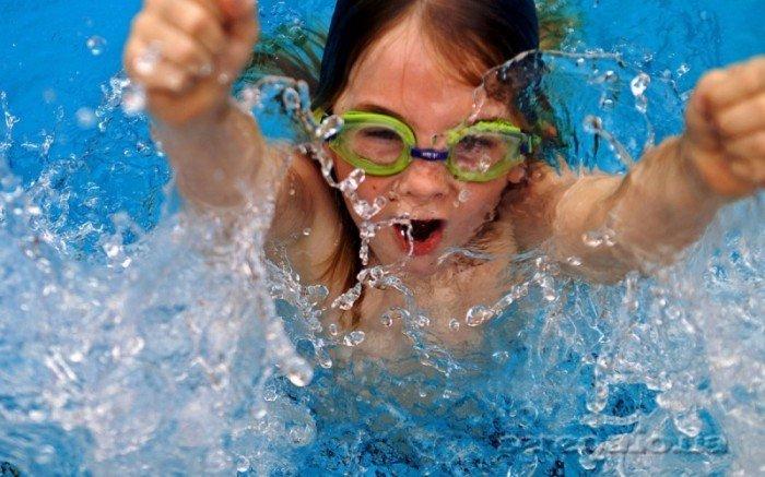 Плавание для детей: как научить ребенка плавать