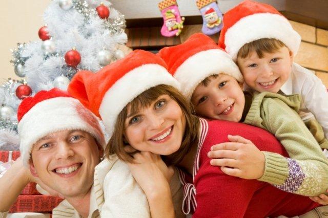Новогодние игры для детей: праздничная дискотека