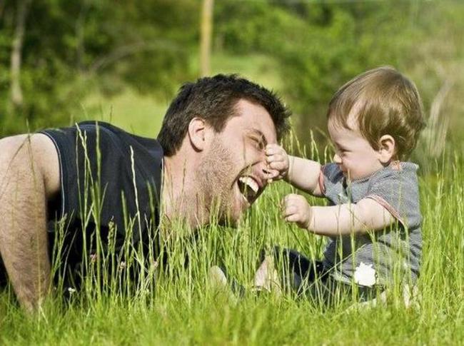 Как стать хорошим отцом? Уход за младенцем: мужское ли это дело?