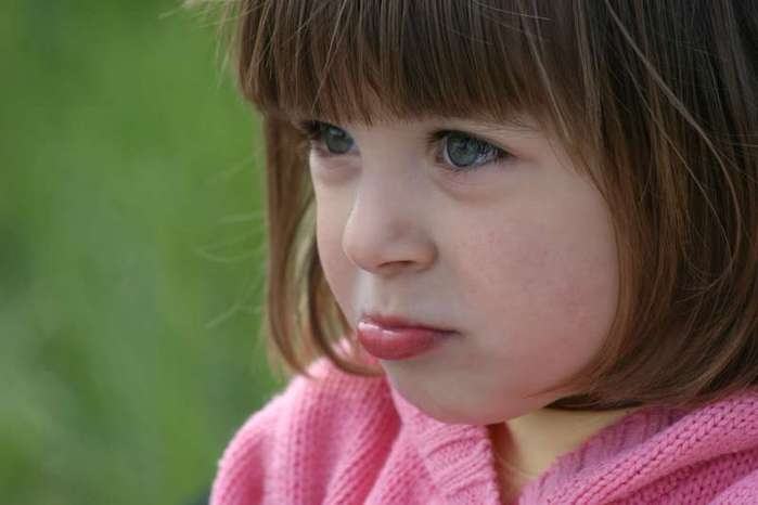Дразнят ребенка: мнение психологов