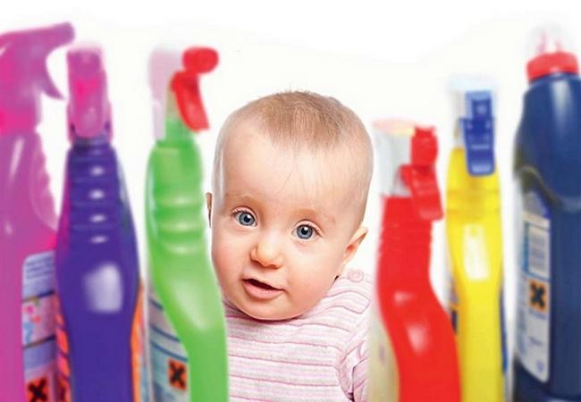 Ребёнок и бытовая химия