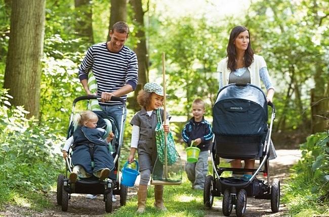 Как выбрать коляску для новорождённого правильно весной, летом и