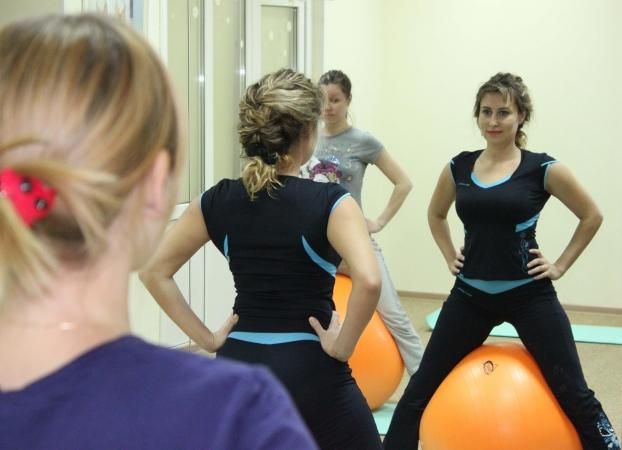 Фитбол для беременных: тренировка