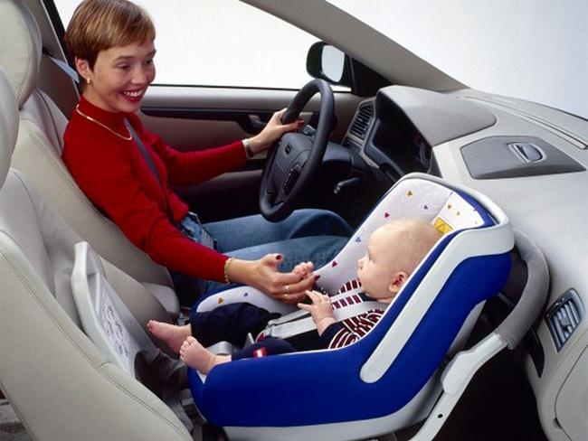 совершил Можно ли перевозить ребенка на подушке на заднем сиденье существа