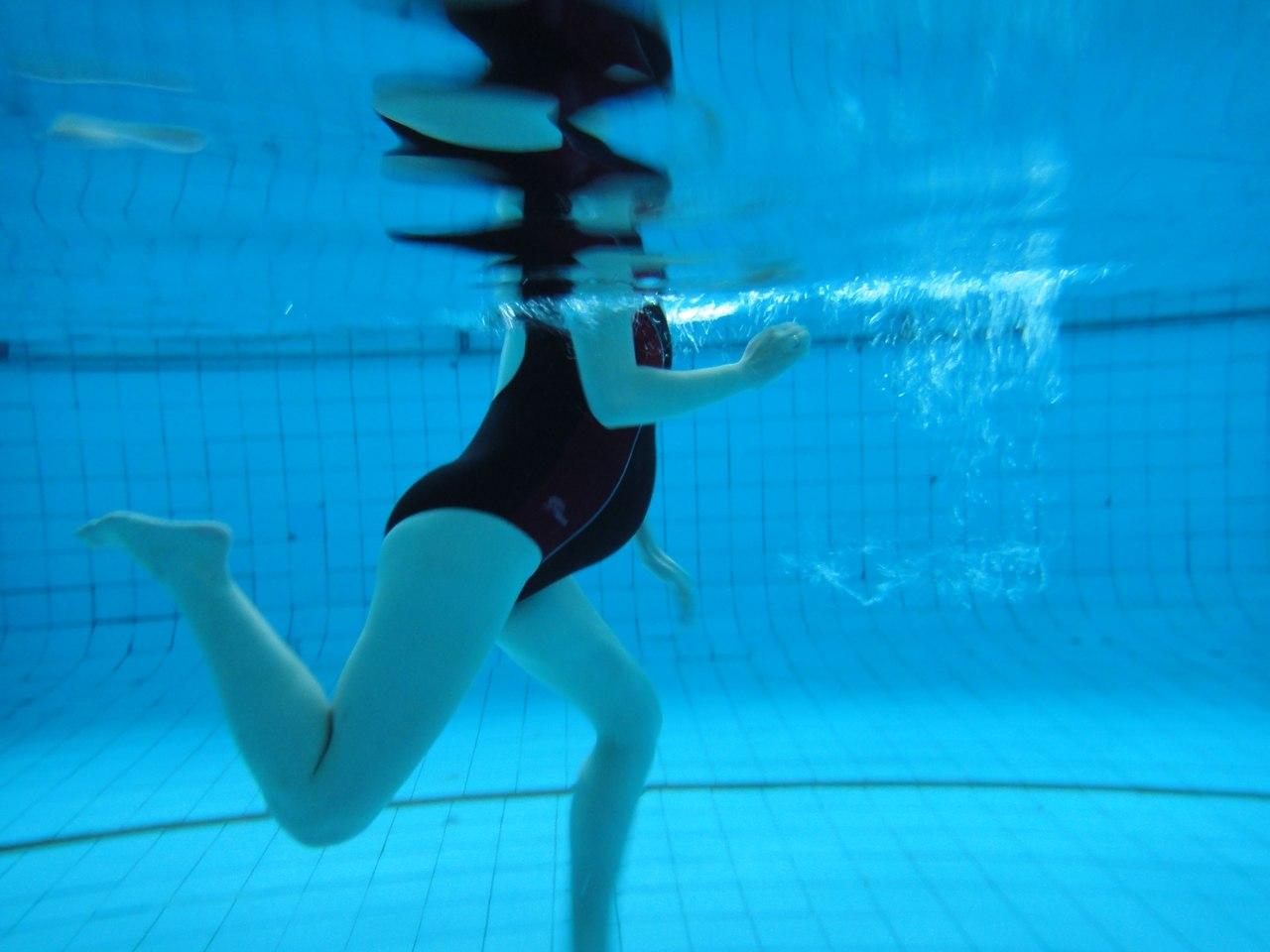 Можно ли беременным плавать в бассейне?