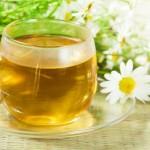 Зелёный чай с ромашкой