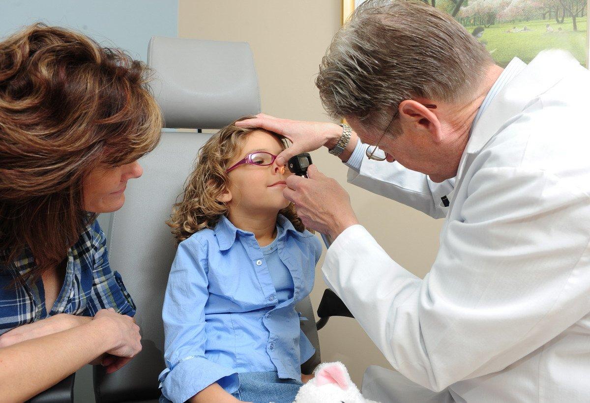 Полипы в носу у ребёнка, их опасность и методы лечения