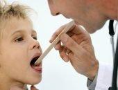 ребенок болит горло