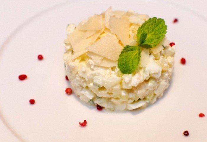 Салат «Творожный» с йогуртом