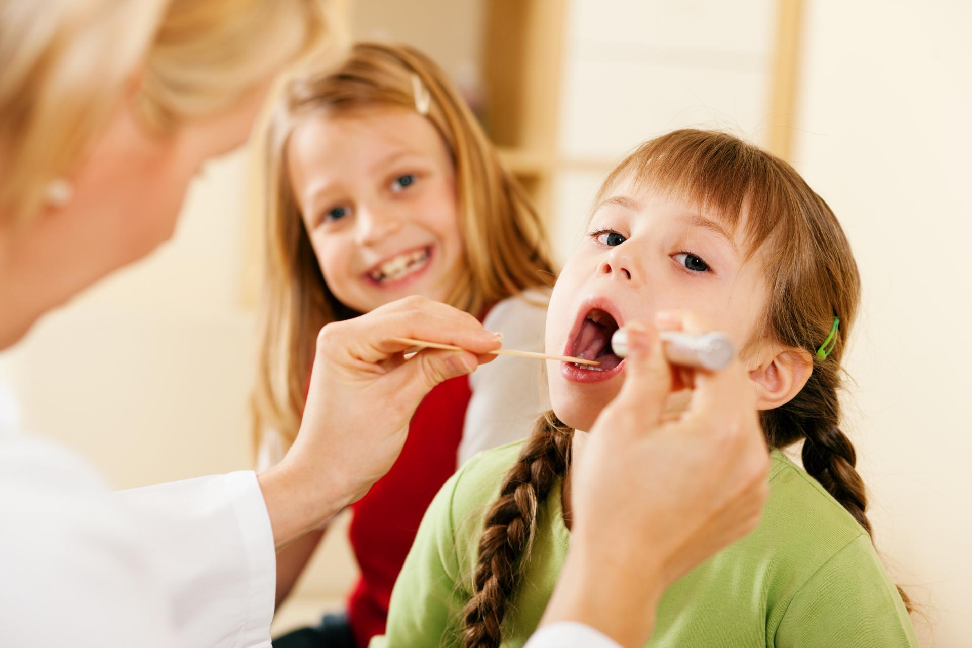 Чем опасна катаральная ангина для детей