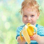 Самое вкусное лекарство: лечим кашель у ребёнка бананом