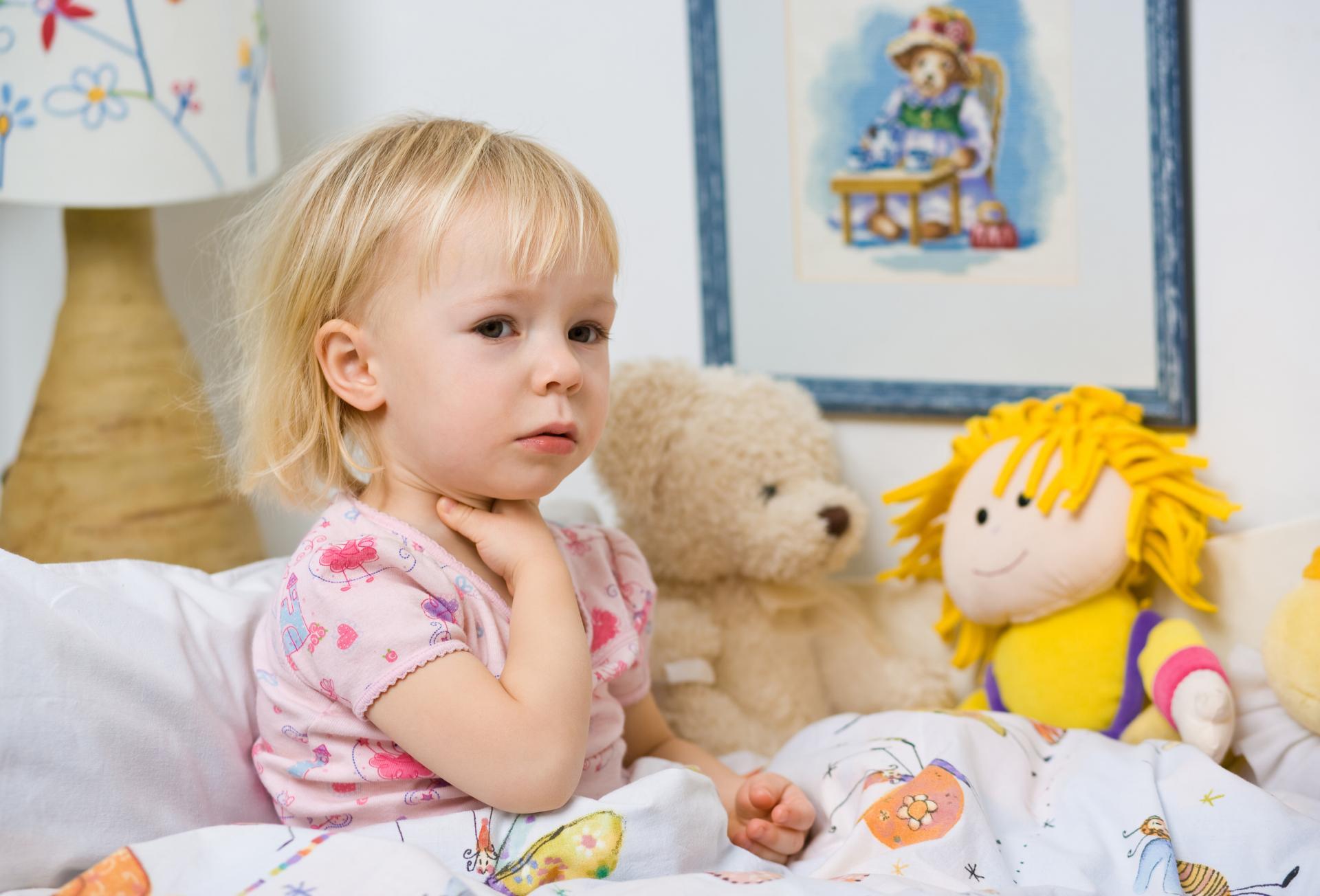 Фолликулярная ангина: особенности её течения у детей
