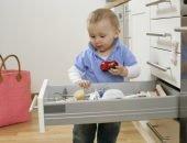 Опасные предметы: для чего давать их малышу?