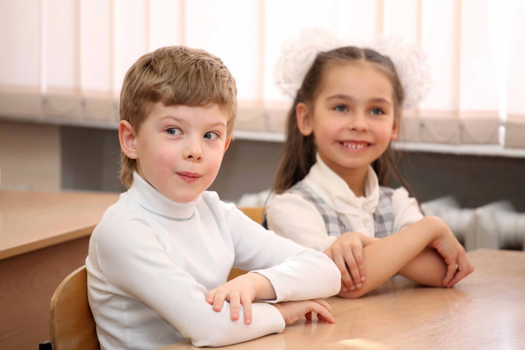 Сколиоз и другие заболевания позвоночника у ребенка. Как избежать?