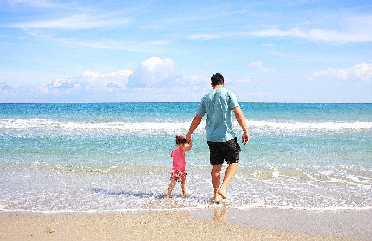 В каком возрасте можно отвезти малыша на море?