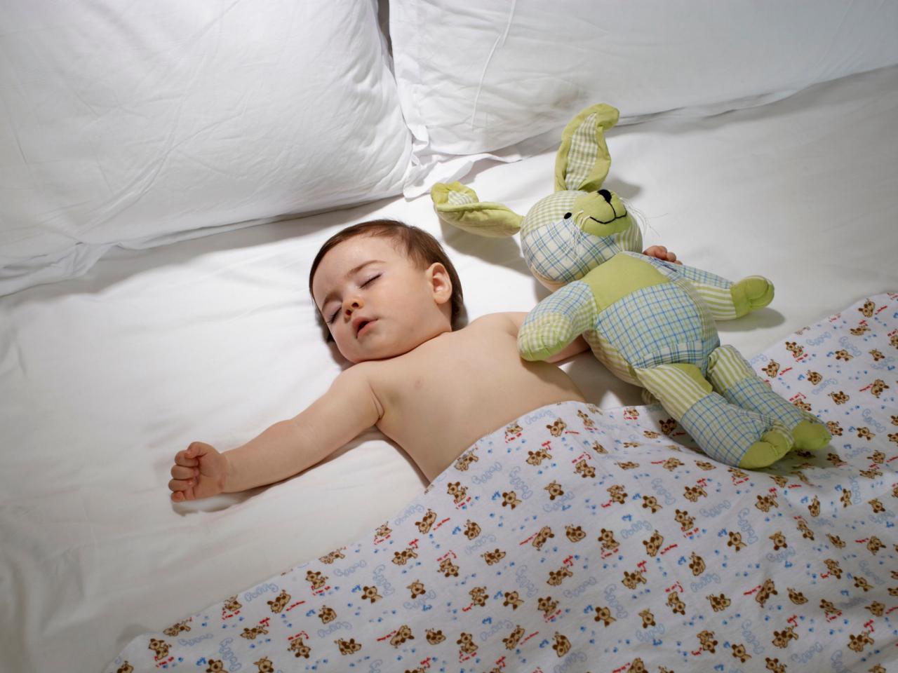 Девочки как преучить ребенка спать всю ночь 65