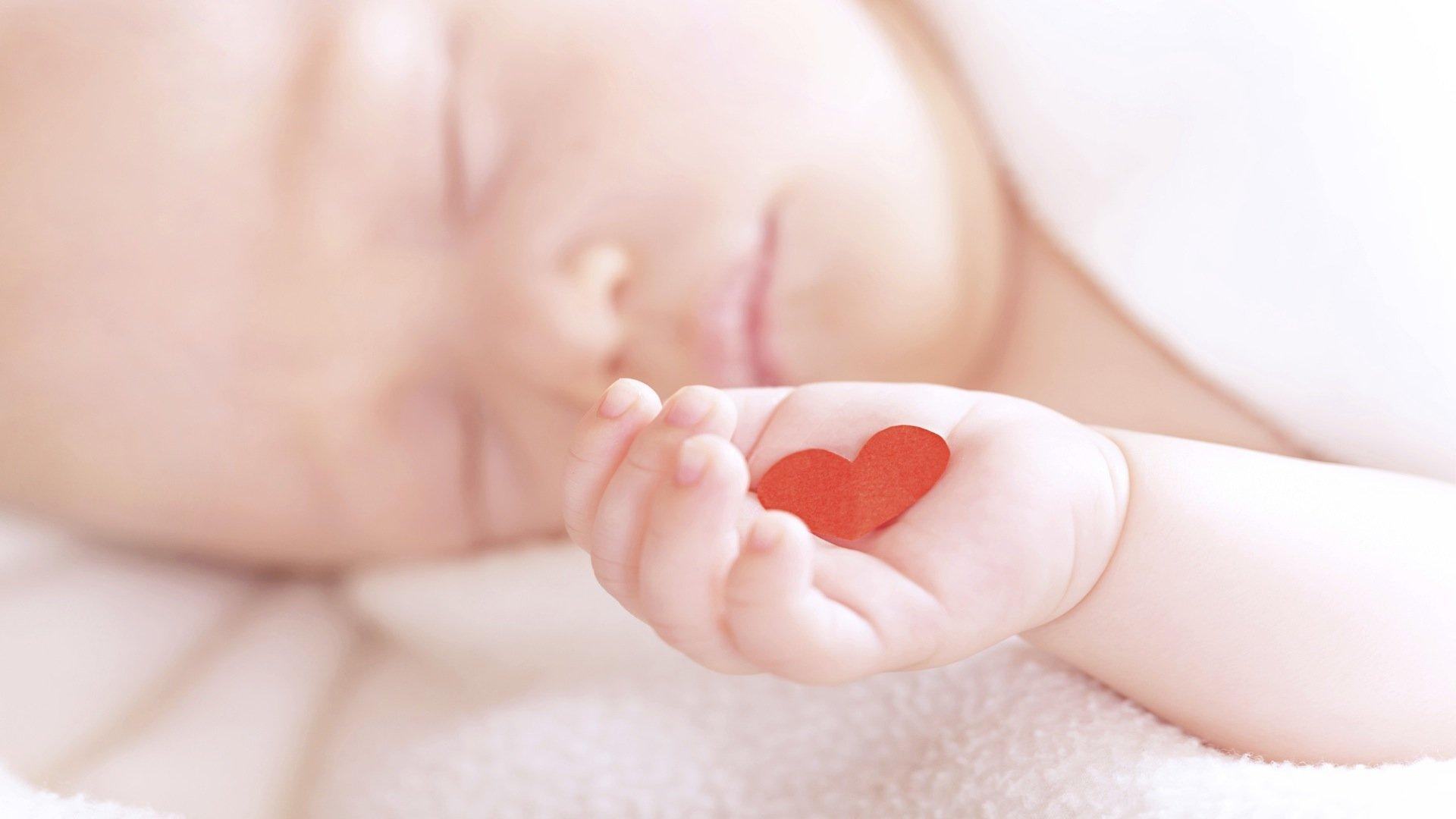 Порок сердца у младенцев.