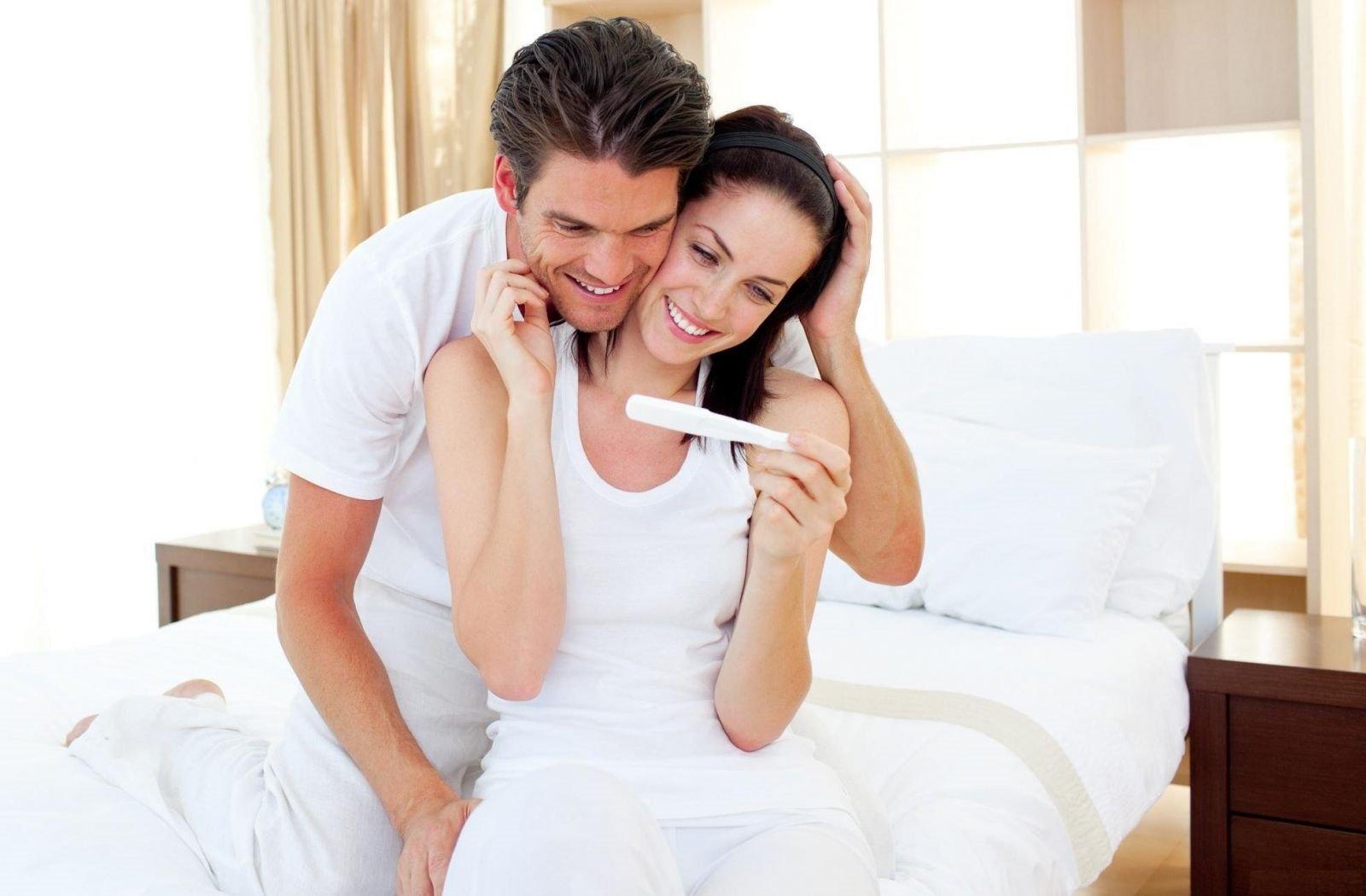 Пять советов, как оповестить близких о своей беременности.