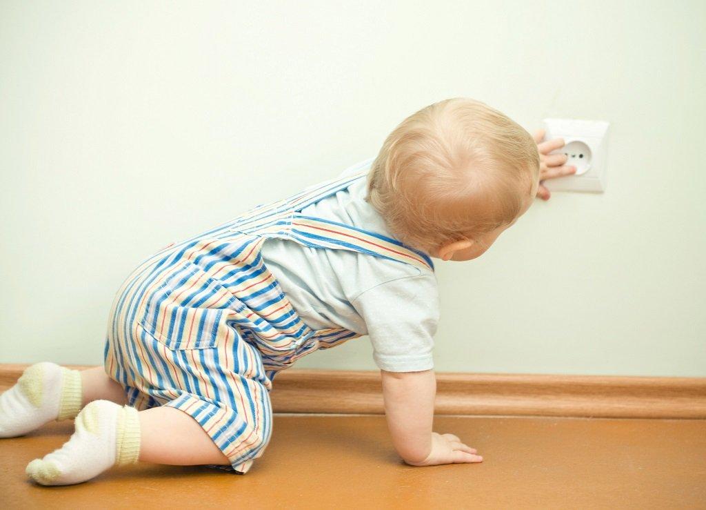 Как уберечь малыша от опасностей?