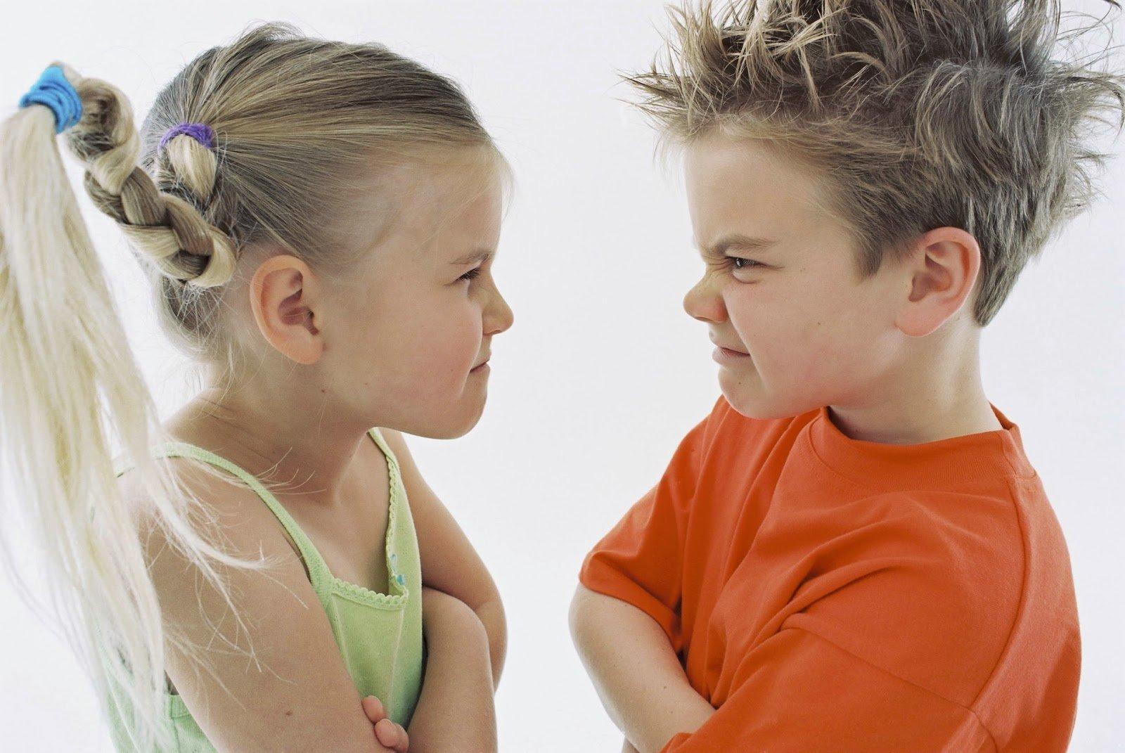Секреты детей: как правильно реагировать родителям