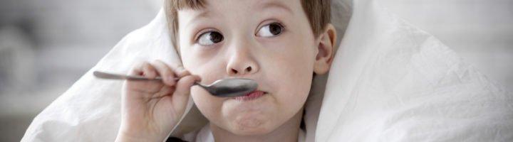 Лечим детский сухой кашель народными средствами