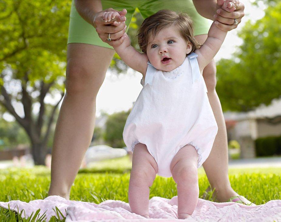 Грудничок на даче: что должны знать родители