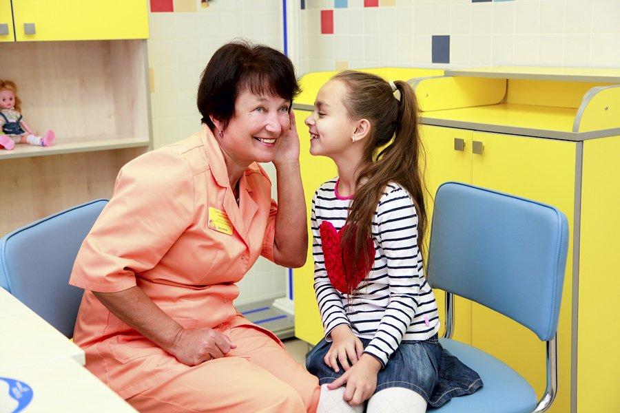 Гинеколог для маленьких девочек.