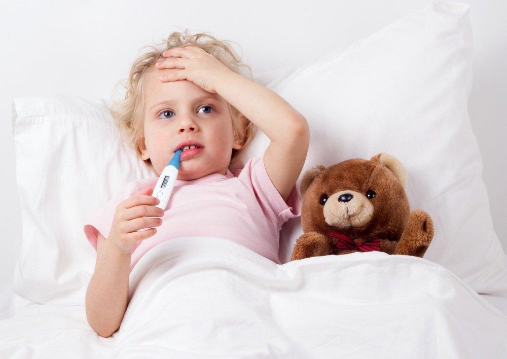 Из-за чего ребенка тошнит?