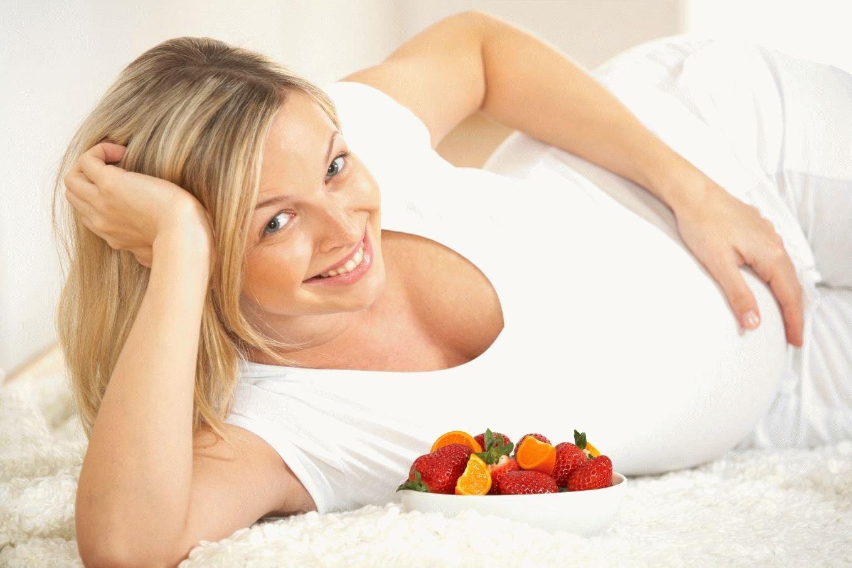 Каким сладостям отдать предпочтение во время беременности?