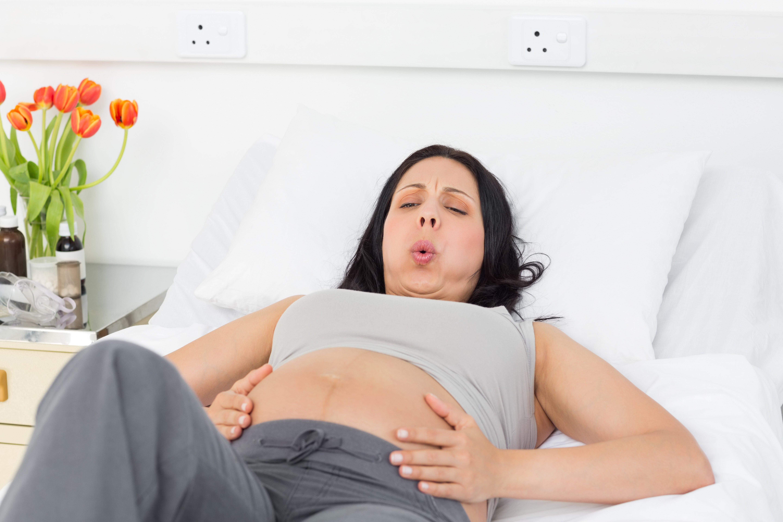 Что такое внематочная беременность и ее признаки.