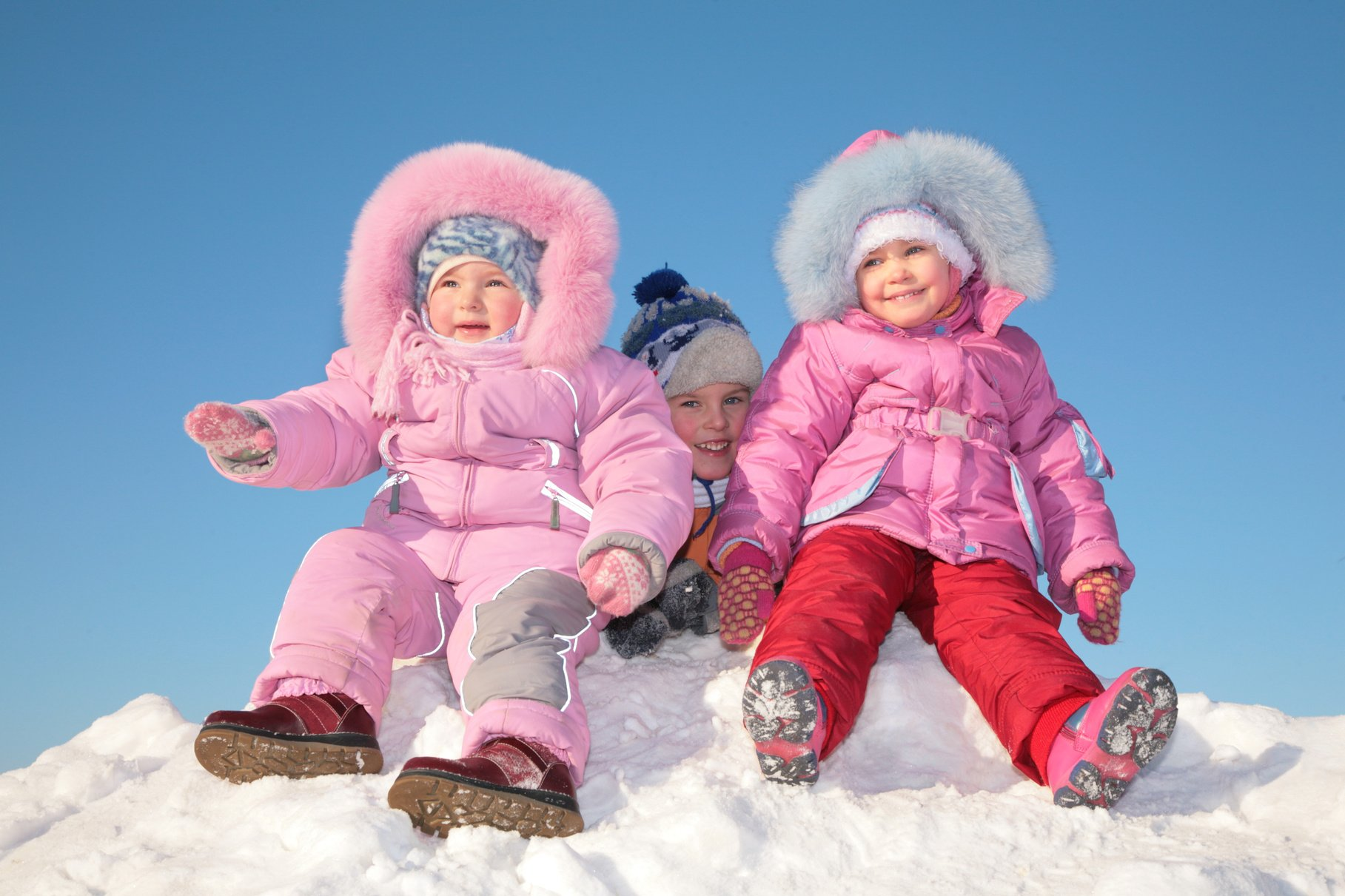 Первые сапожки – как выбирать зимнюю обувь для детей?