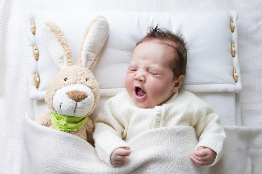 Младенец. Инструкция по уходу за новорожденным.